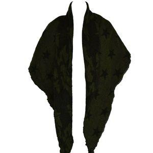 Steve Madden Camo Stars Triangle Blanket Wrap New